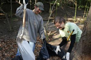 IMG_3168 volunteers raking leaves CS